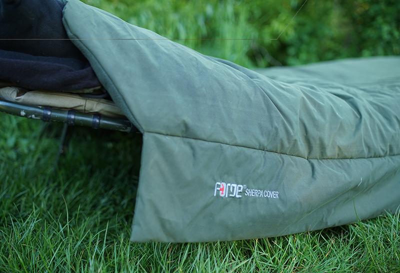 Schlafsäcke/ Decken